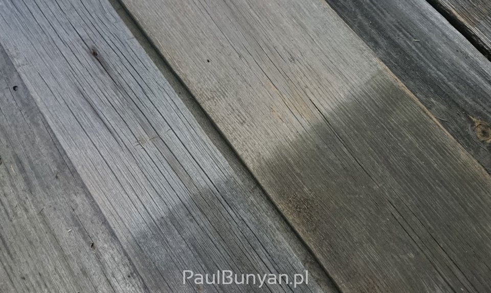 Deski z prawdziwego starego drewna w pięknym srebrno-szarym kolorze