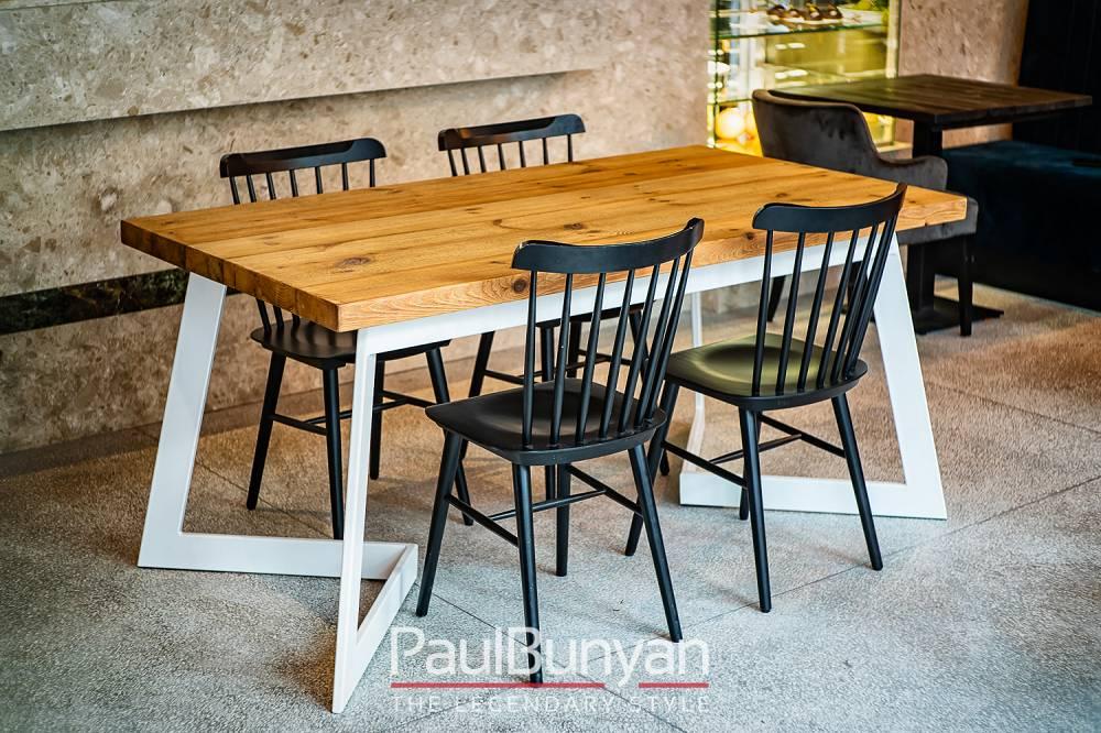 Stół ze starego drewna i metalu Arizona